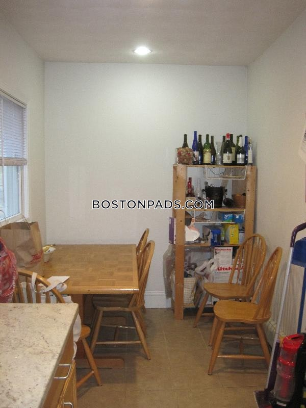 CAMBRIDGE - CENTRAL SQUARE/CAMBRIDGEPORT - $3,800
