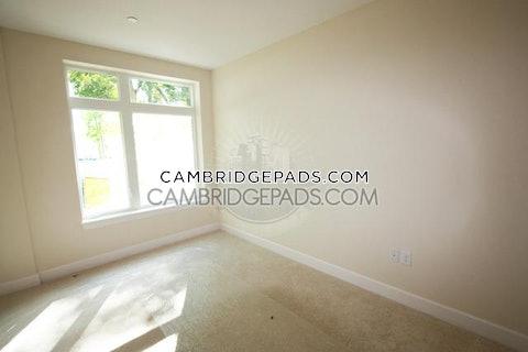 Cambridge - $2,703
