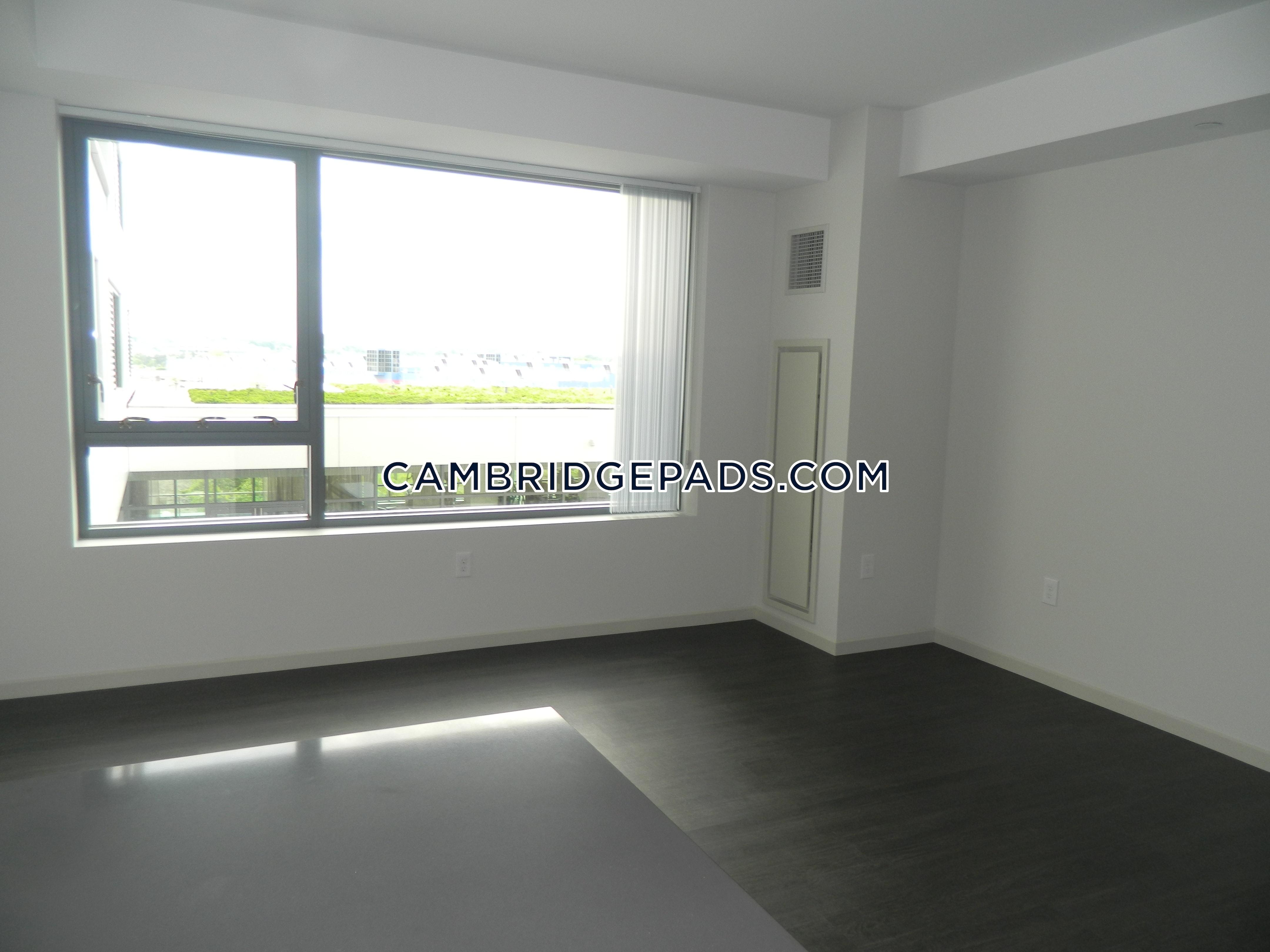 Cambridge - $3,784