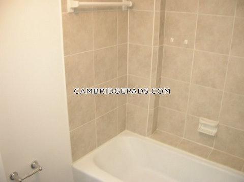 Cambridge - $2,895