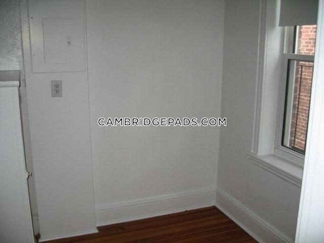 Cambridge - $2,525