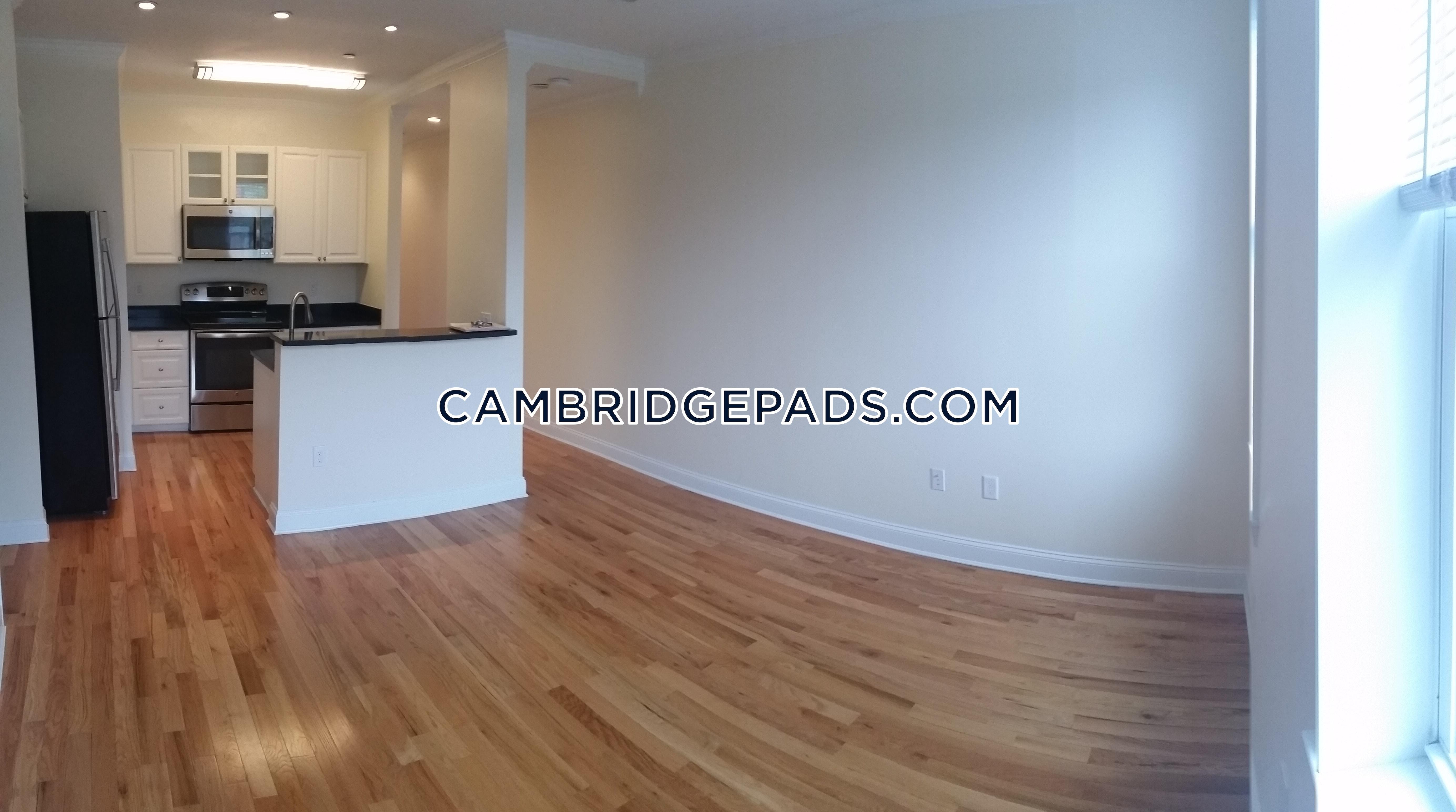 CAMBRIDGE - HARVARD SQUARE - $3,185