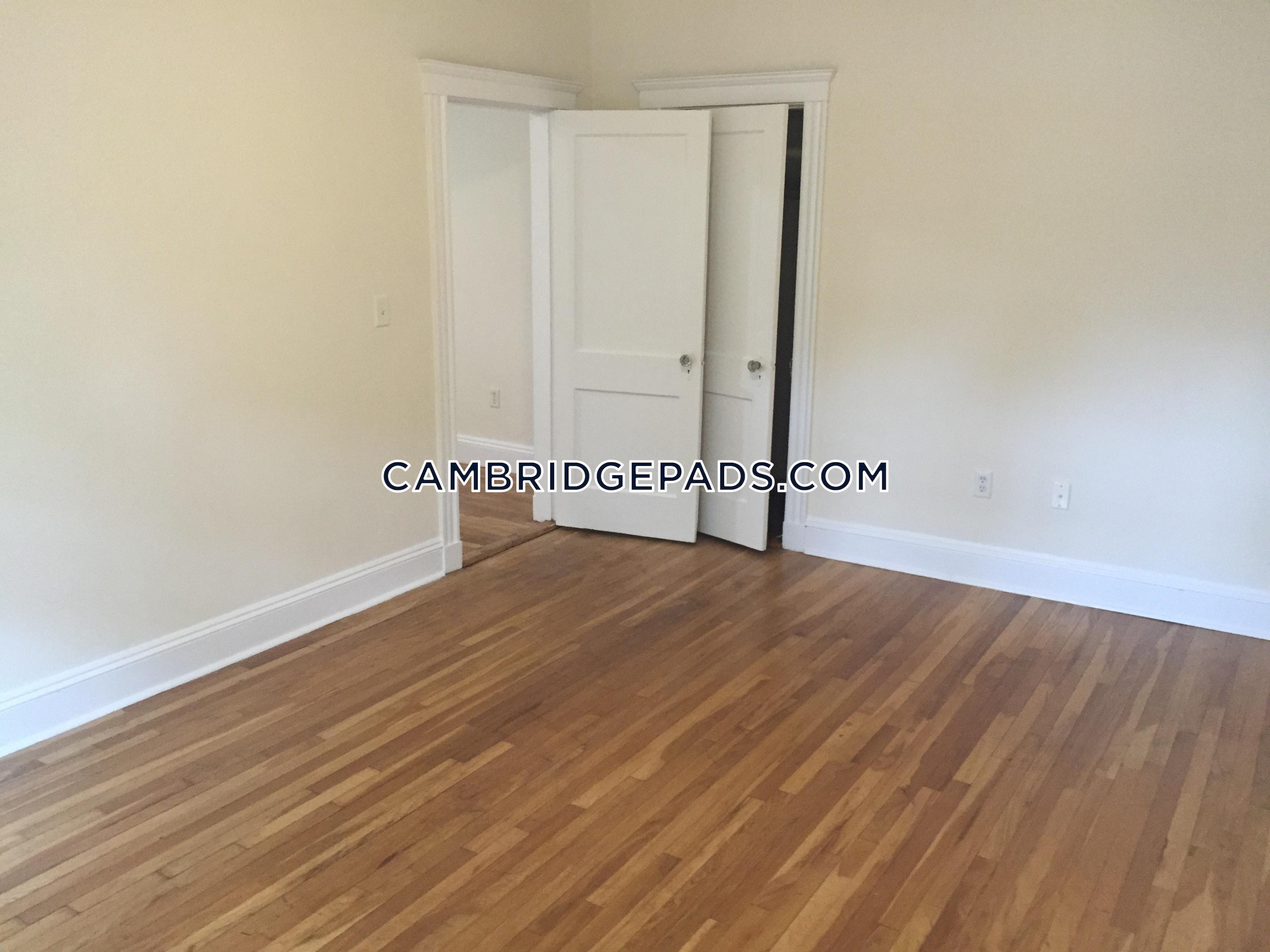 Cambridge - $2,575
