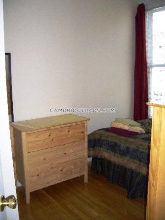 Cambridge - $2,350