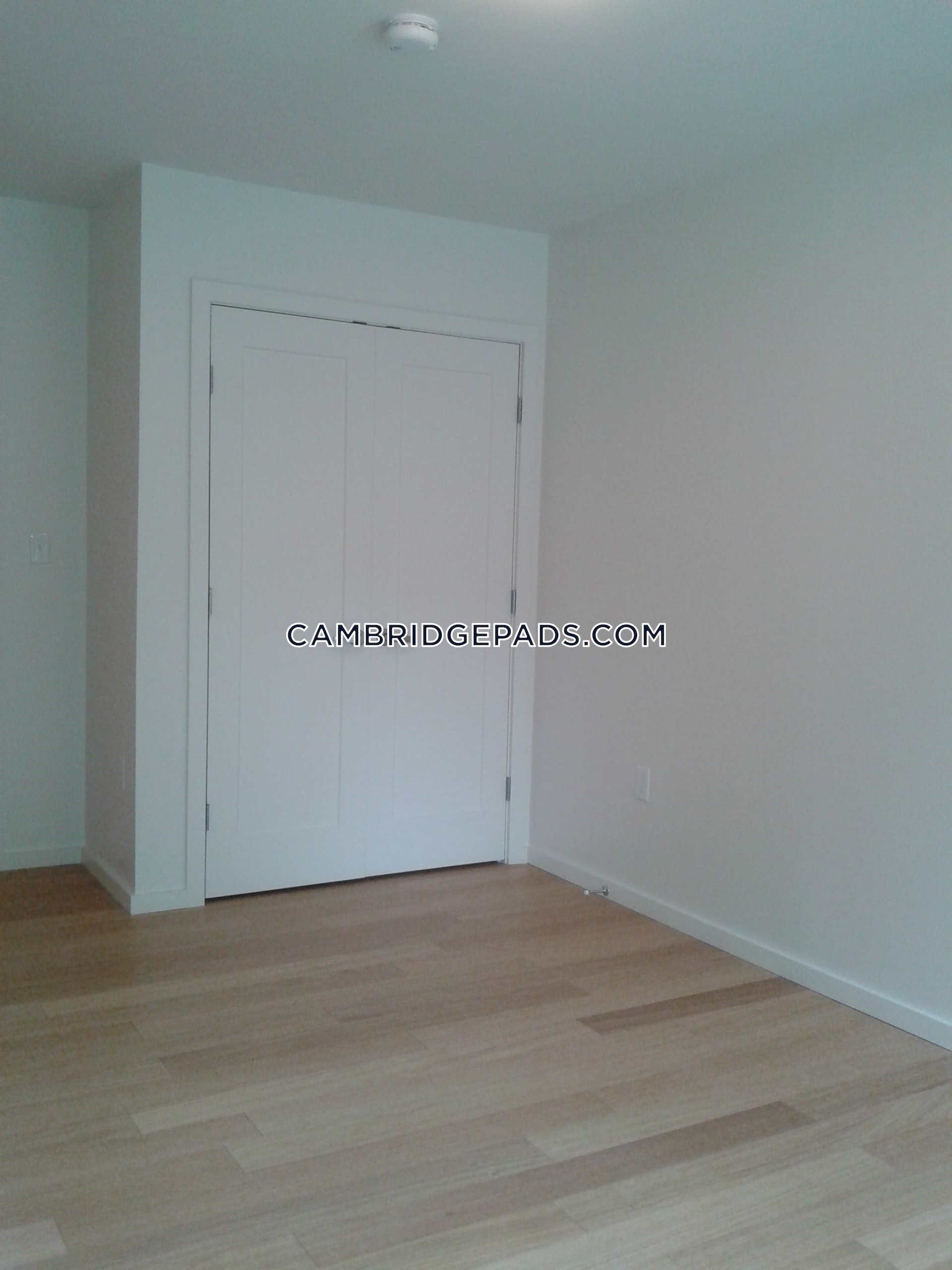 CAMBRIDGE - PORTER SQUARE - $2,885