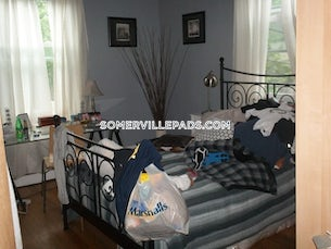 somerville-apartment-for-rent-2-bedrooms-1-bath-davis-square-2800-500706