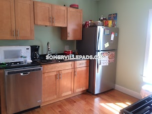 somerville-deal-alert-spacious-3-bed-2-bath-apartment-in-walnut-st-east-somerville-3400-594680