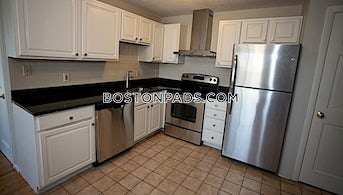 somerville-2-bed-1-bath-heat-and-hot-water-included-on-murdock-st-magounball-square-2600-3739930