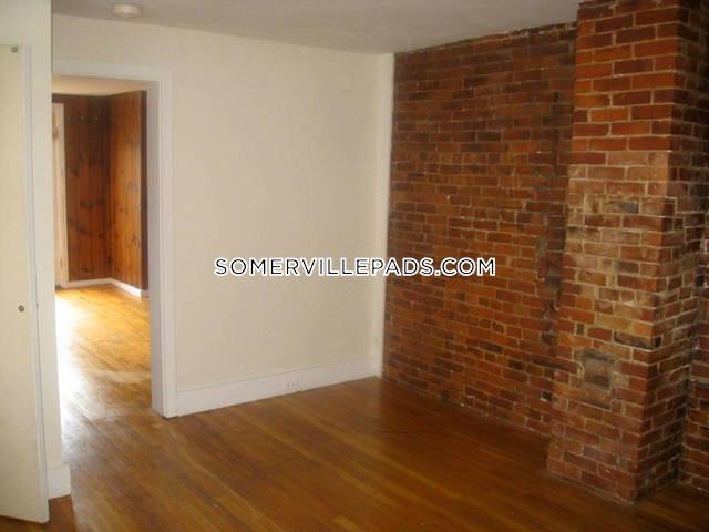 1-bed-1-bath-somerville-porter-square-2500-438831