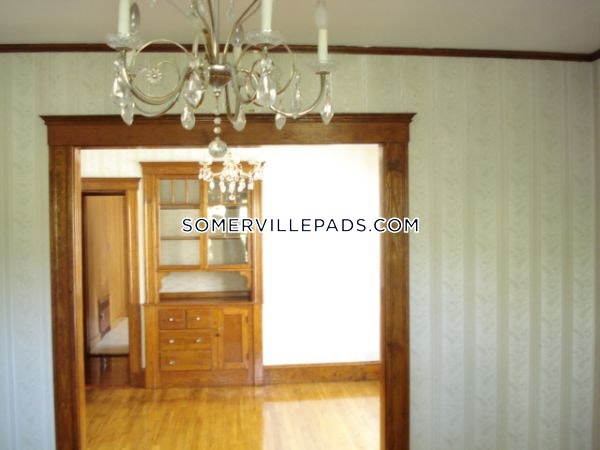 2-beds-1-bath-somerville-porter-square-4000-417165
