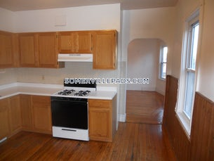 somerville-apartment-for-rent-4-bedrooms-2-baths-spring-hill-3200-3764294