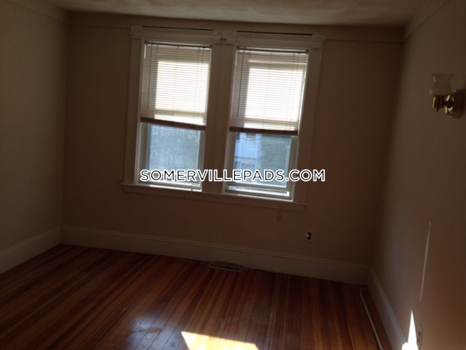 SOMERVILLE- WEST SOMERVILLE/ TEELE SQUARE - $3,800 /mo