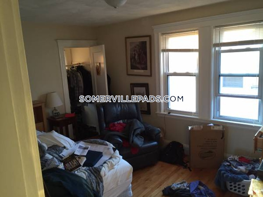 SOMERVILLE- WEST SOMERVILLE/ TEELE SQUARE - $3,200 /month