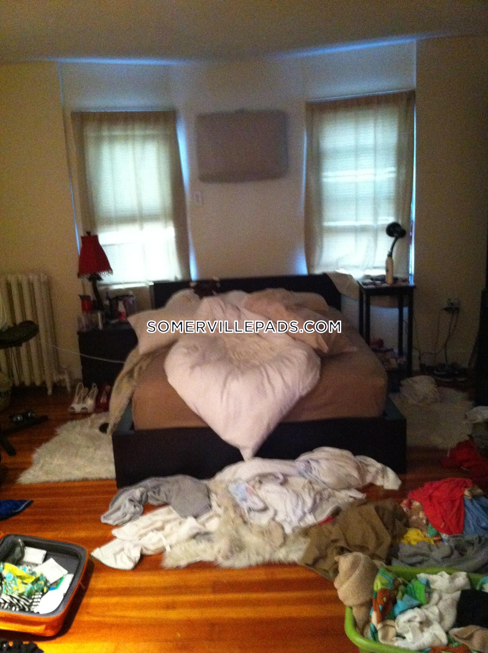 3-beds-1-bath-somerville-winter-hill-2985-82227