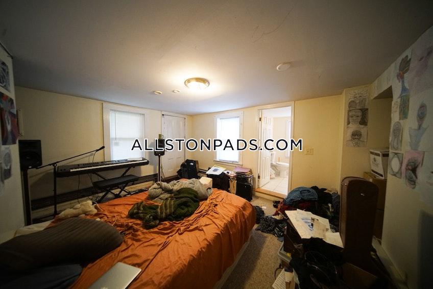 Boston - $3,300 /month