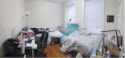 Boston, $1,900/mo