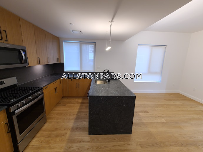 Boston - 2 Beds, 2 Baths