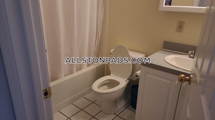 Boston - 2 Beds, 2 Baths