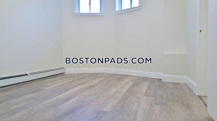 Commonwealth Ave. Boston picture 3