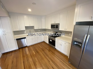 allstonbrighton-border-apartment-for-rent-4-bedrooms-2-baths-boston-4700-568366