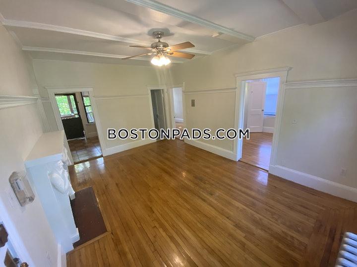 BOSTON - ALLSTON/BRIGHTON BORDER, Gordon St.