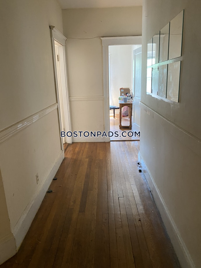 Boston - 3 Beds, 1 Baths