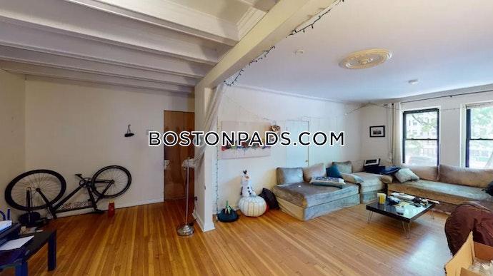 Boston - 3 Beds, 1.5 Baths