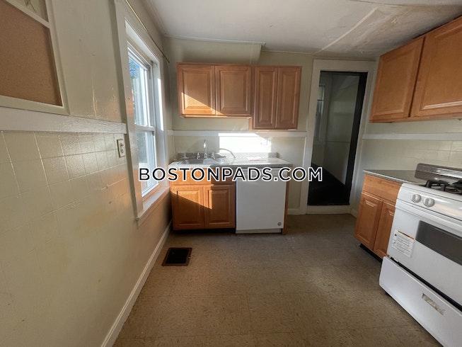 Boston - $3,325 /mo