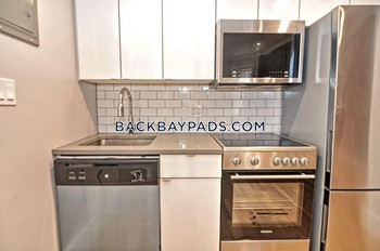 BOSTON - BACK BAY - $3,300