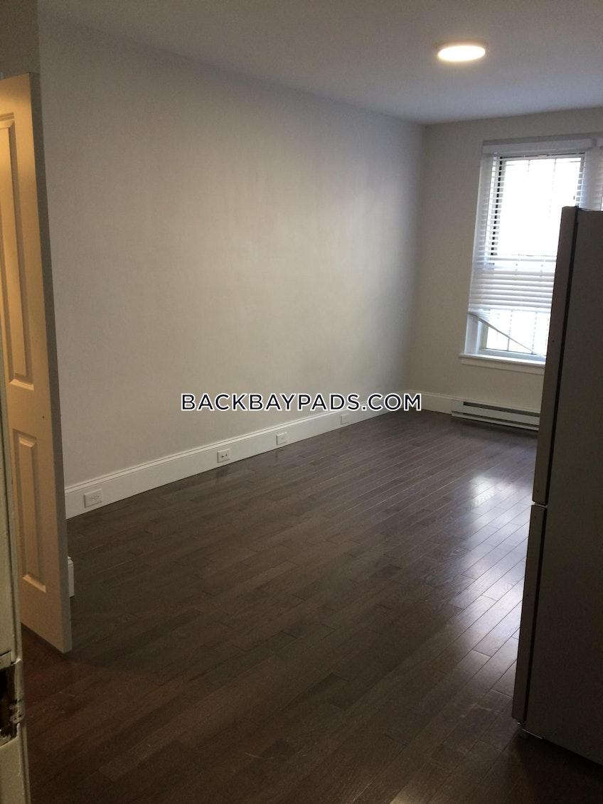 BOSTON - BACK BAY - $2,675 /month