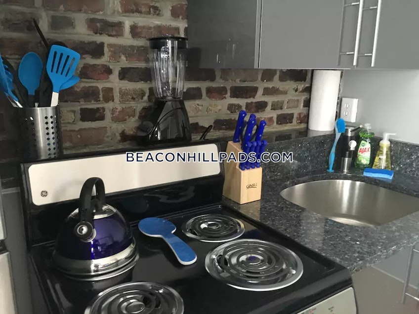 Boston - $3,200 /month