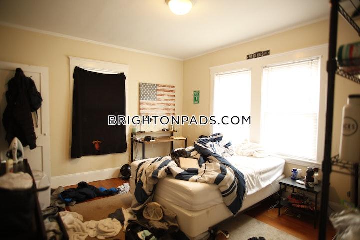 Radnor Rd. BOSTON - BRIGHTON - BOSTON COLLEGE picture 8