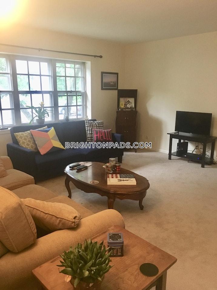 brighton-apartment-for-rent-3-bedrooms-2-baths-boston-2800-482982