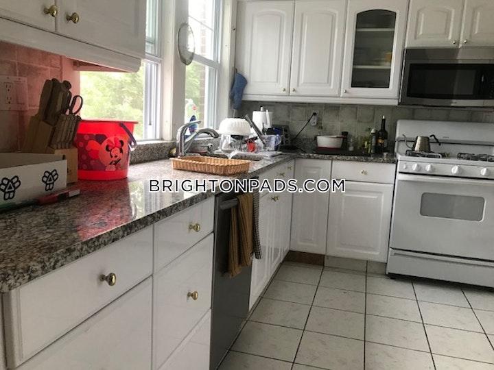 Radnor Rd. BOSTON - BRIGHTON - BOSTON COLLEGE picture 5