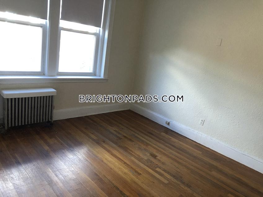 Boston - $2,275 /month
