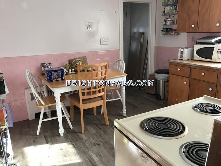 brighton-great-4-bedroom-apartment-in-brighton-boston-4000-533002