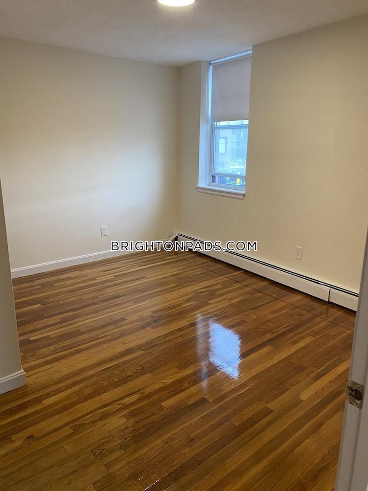brighton-1-bed-1-bath-boston-1700-3769651