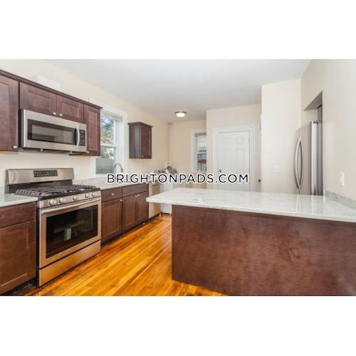brighton-apartment-for-rent-4-bedrooms-2-baths-boston-3600-448148