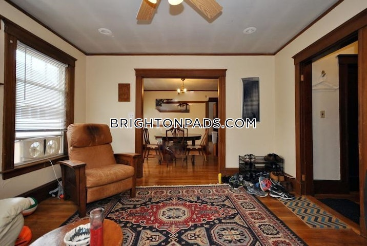 brighton-apartment-for-rent-3-bedrooms-1-bath-boston-2900-549110