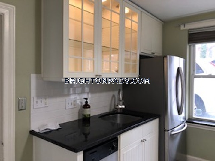 brighton-apartment-for-rent-2-bedrooms-1-bath-boston-2200-550910