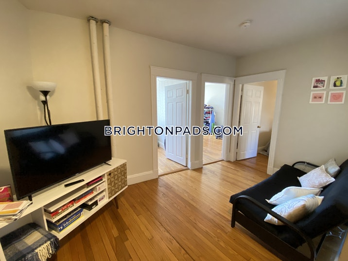 brighton-apartment-for-rent-3-bedrooms-1-bath-boston-3200-3756288