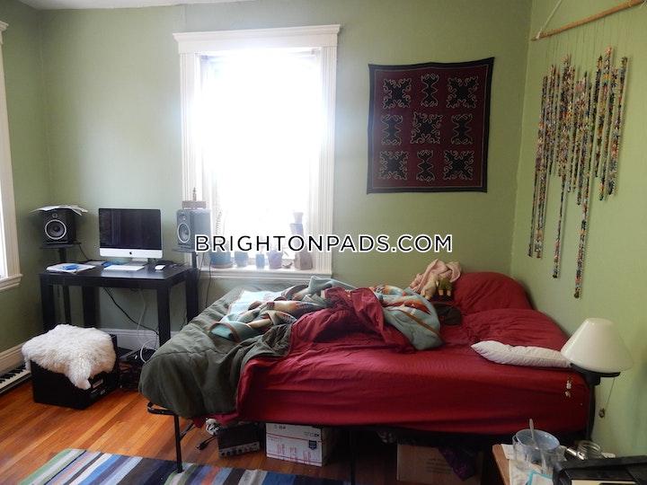 Egremont Rd. Boston picture 2