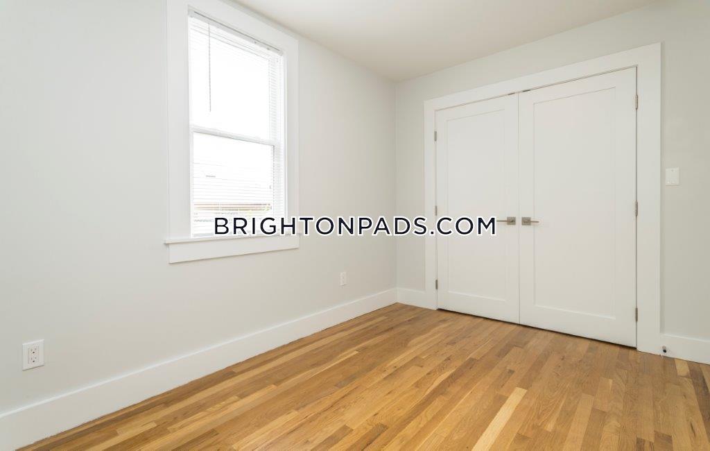 South St. BOSTON - BRIGHTON - CLEVELAND CIRCLE