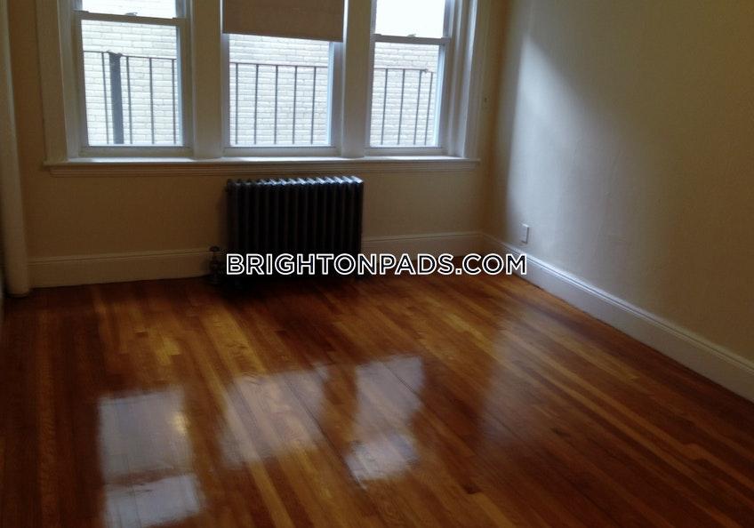 Boston - $1,895 /month