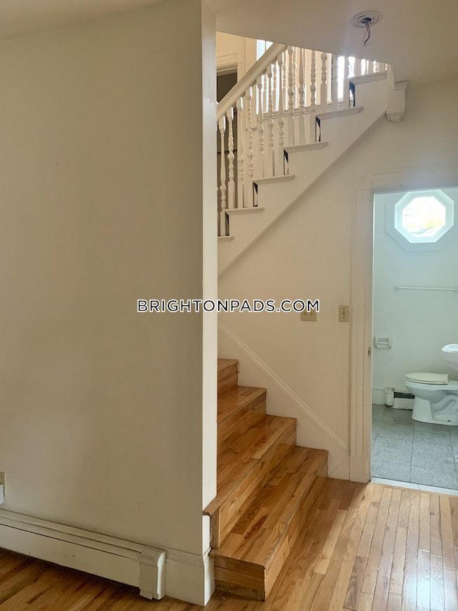 BOSTON - BRIGHTON - CLEVELAND CIRCLE - $3,800 /mo
