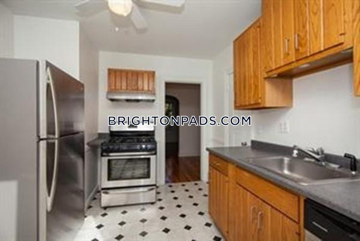 brighton-apartment-for-rent-3-bedrooms-1-bath-boston-2500-3816570