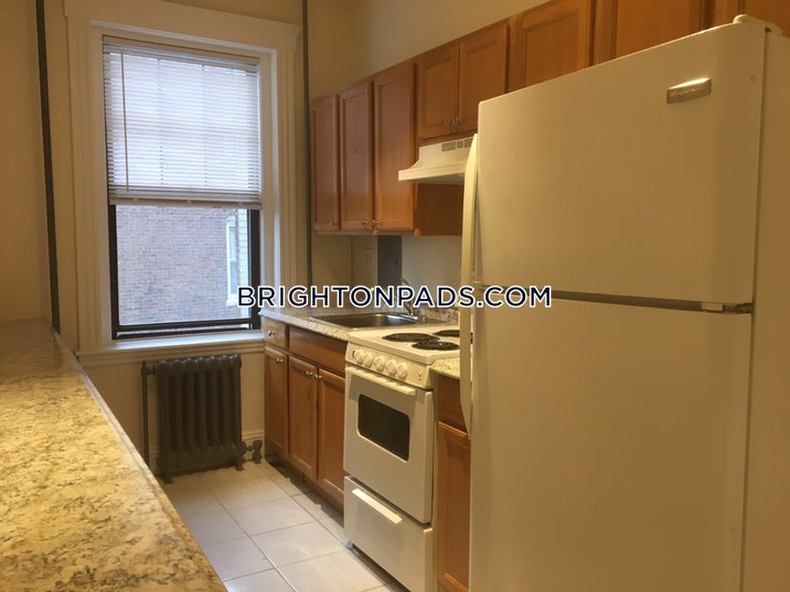 brighton-apartment-for-rent-3-bedrooms-1-bath-boston-3100-474714