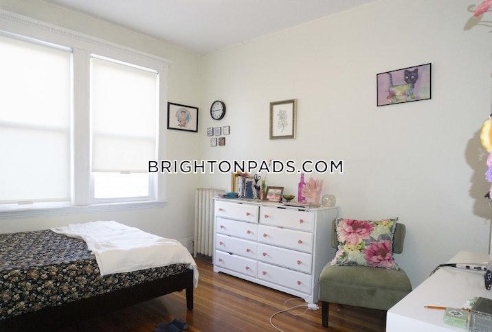 Orkney Rd. BOSTON - BRIGHTON - BOSTON COLLEGE