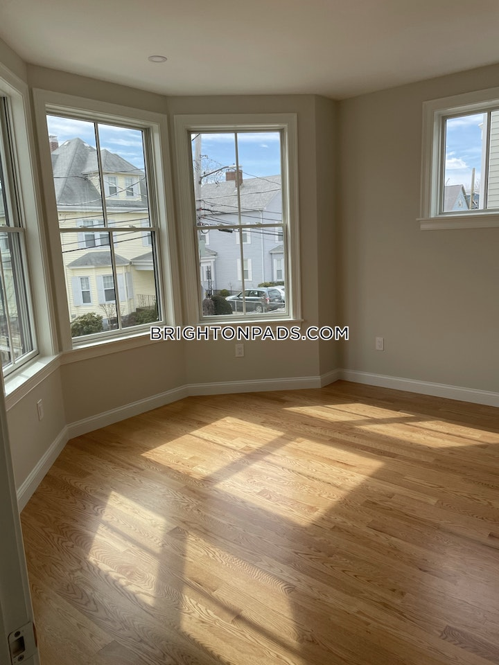 Waverly St. Boston picture 1