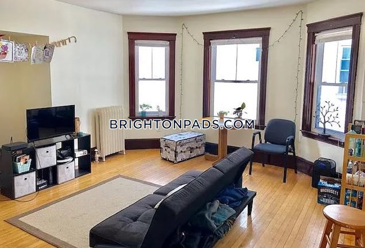 brighton-apartment-for-rent-4-bedrooms-2-baths-boston-3400-586430